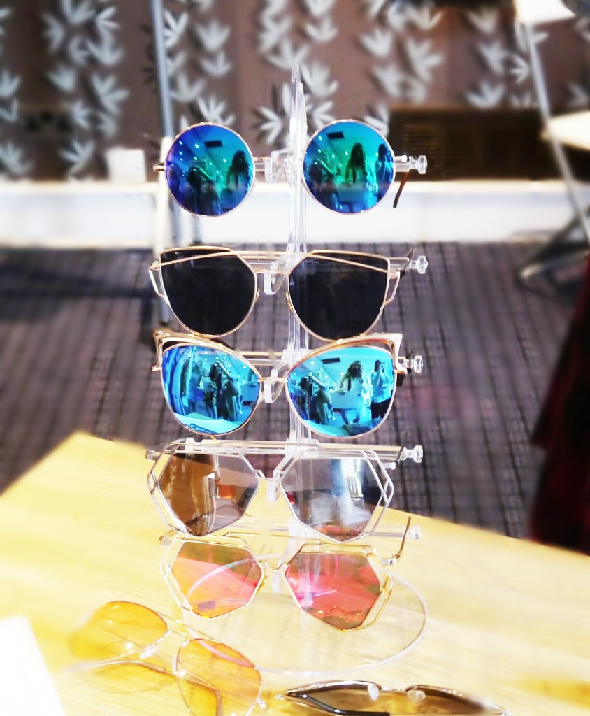 Two-three-sunglasses-blogger-expo