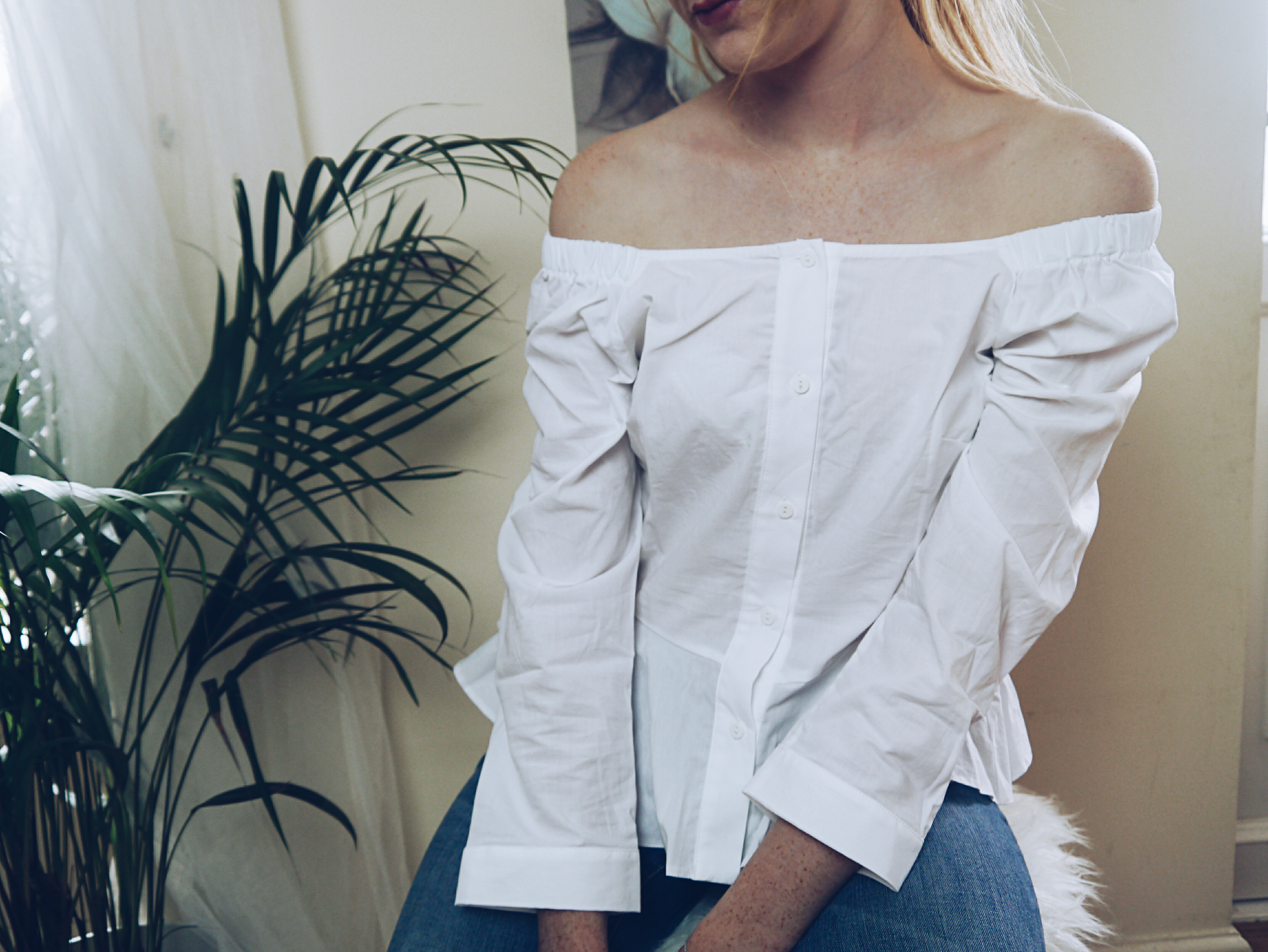 asos-top-haul-white-off-shoulder-front