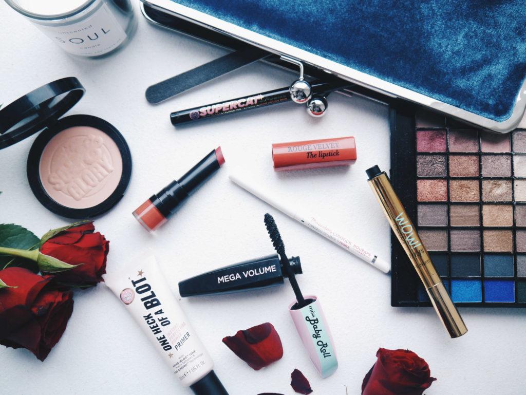 makeup-bag-view-hunkemoeller-2