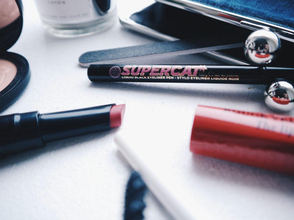 makeup-bag-view-hunkemoeller-4