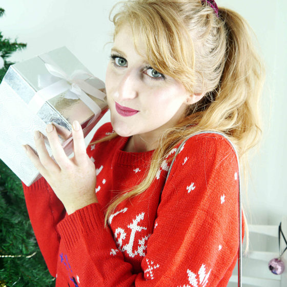 styling-3-christmas-jumpers-for-after-work-drinks