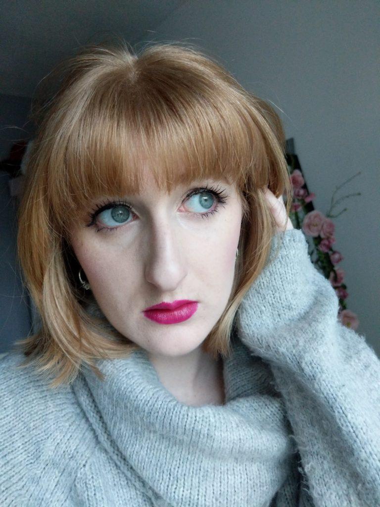 Valentines-Makeup-look-Joan-Collins